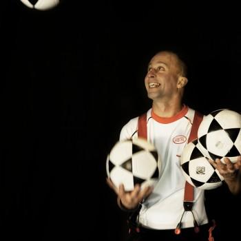 Jonglage 4 balls